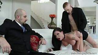 Swing Time For Raven Wifey