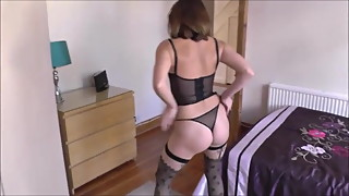 Hot wife Anna Strip -- Deviant Sluts Doing Deviant Things