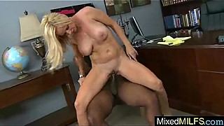 Monster Black Cock Inside Wet Pussy Slut Milf mov-26