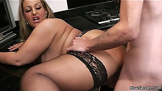 Cheating with hot bbw at the kitchen