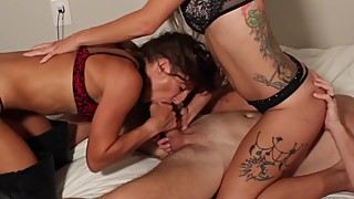 Amateur Wife Threesome Blowjob and Handjob with Teen