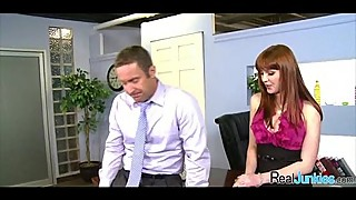 Sex at the office 254