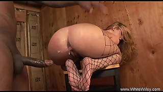 BBC Anal Creampie For White Wife Done in their Table